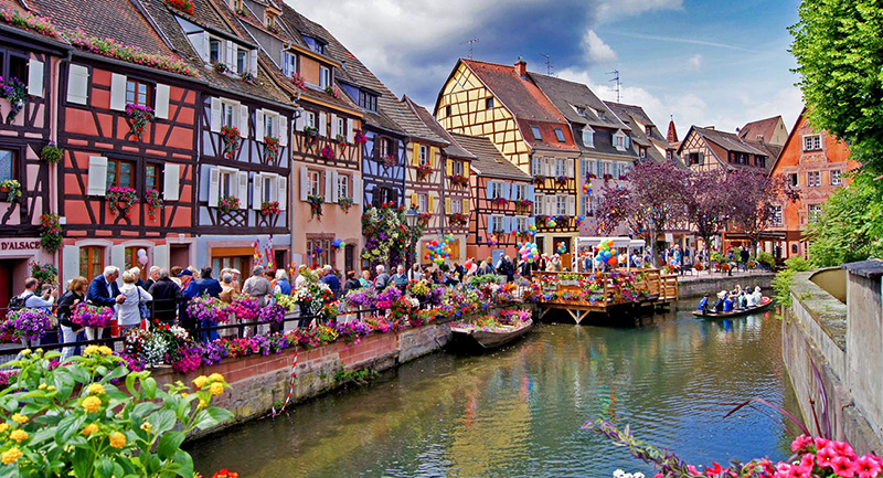 15 Unbelievable Modern Fairytale Village must see Once in your Life 80