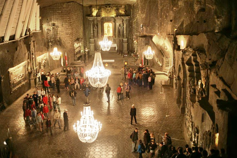 Top 10 Secret Under Ground Cities of the World 4