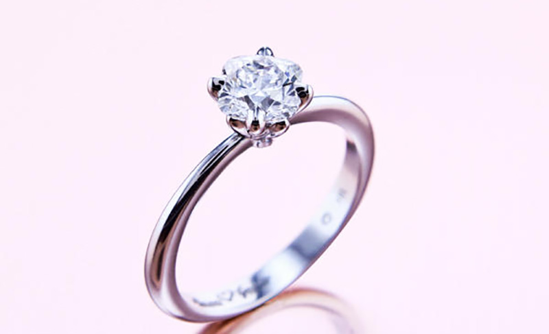 Interesting Facts about Buying an Engagement Ring 2