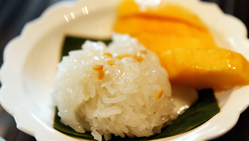 10 Most Popular Thai Foods You need to Try! 10