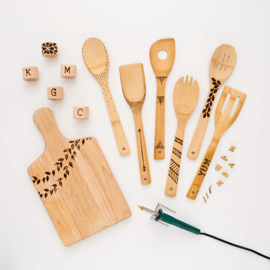 DIY engraved wooden utensils