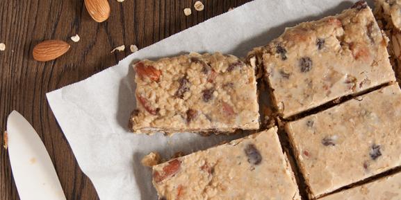 Chocolate and salted caramel granola bars