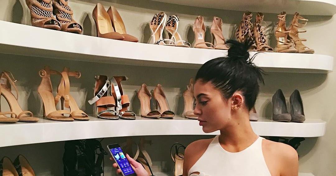 5 ESSENTIAL shoes for a fashion-forward shoe closet!! 1