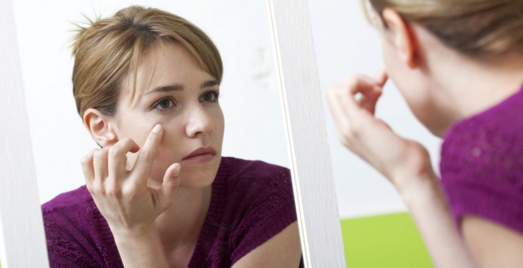 Best Treatments for Eye Bags Removal without Surgery