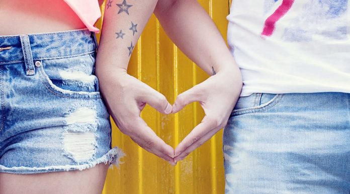 40 Cute Paragraphs to Send to Your Boyfriend