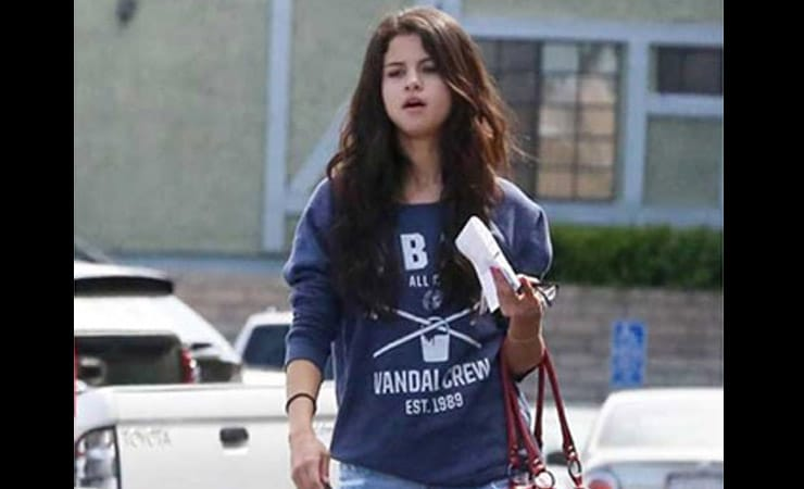 selena-gomez-without-makeup