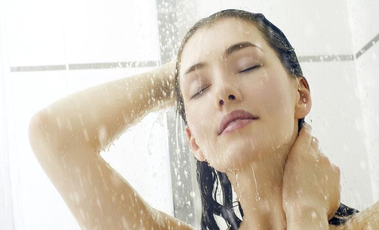 shower-away-the-sweat-to-get-rid-of-dandruff